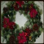 "POINSETTIA/CONE WREATH 18""  598002"